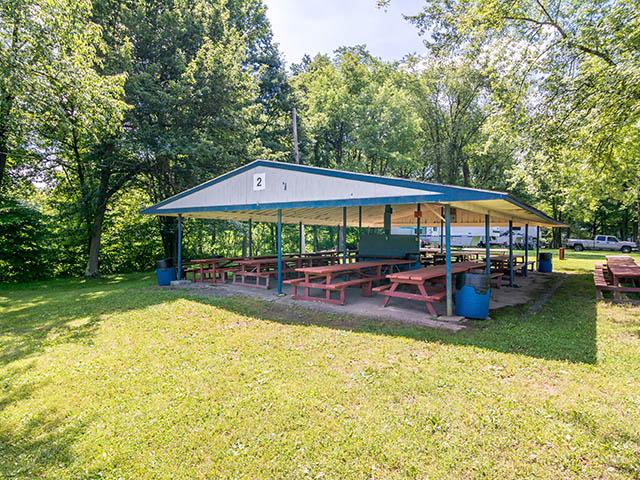 Pavilion 2 seats 100